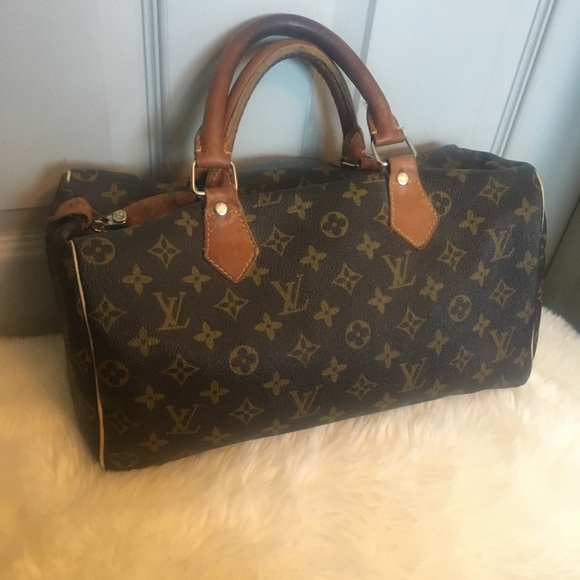 e9605ddb750 Louis Vuitton Handbags - Louis Vuitton Speedy Vintage Handbag